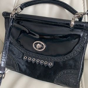 😎 😎 Nine West black crossbody bag. Like new